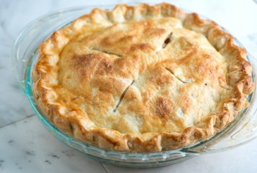 2 secrets to a flaky apple pie crust