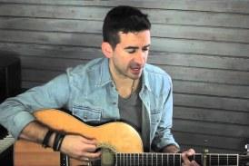 "Aaron Shust sings ""Ever Be"" on the KXOJ morning show!"
