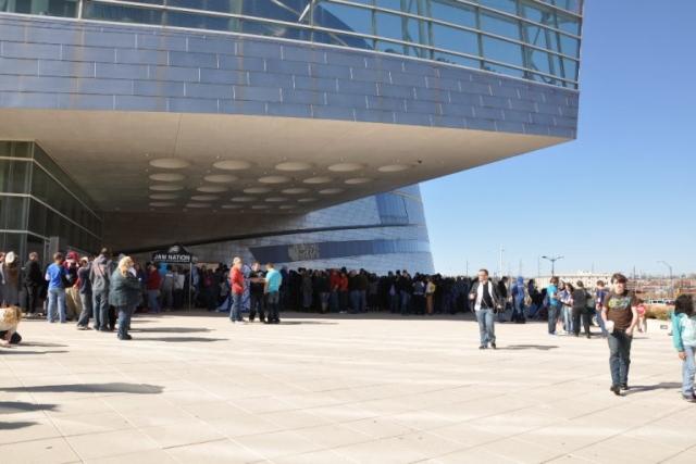The line outside the BOK center