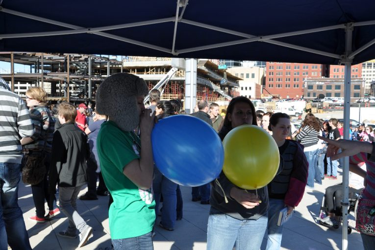 balloon blowing contest
