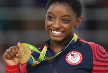 Simone Biles uses Good Good Father in her dance!